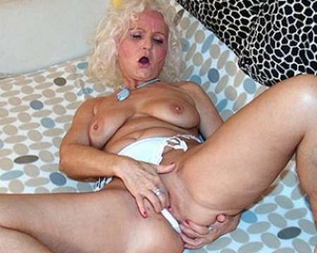 Sexy Blonde Granny Fingering Her Ass and Pussy31200
